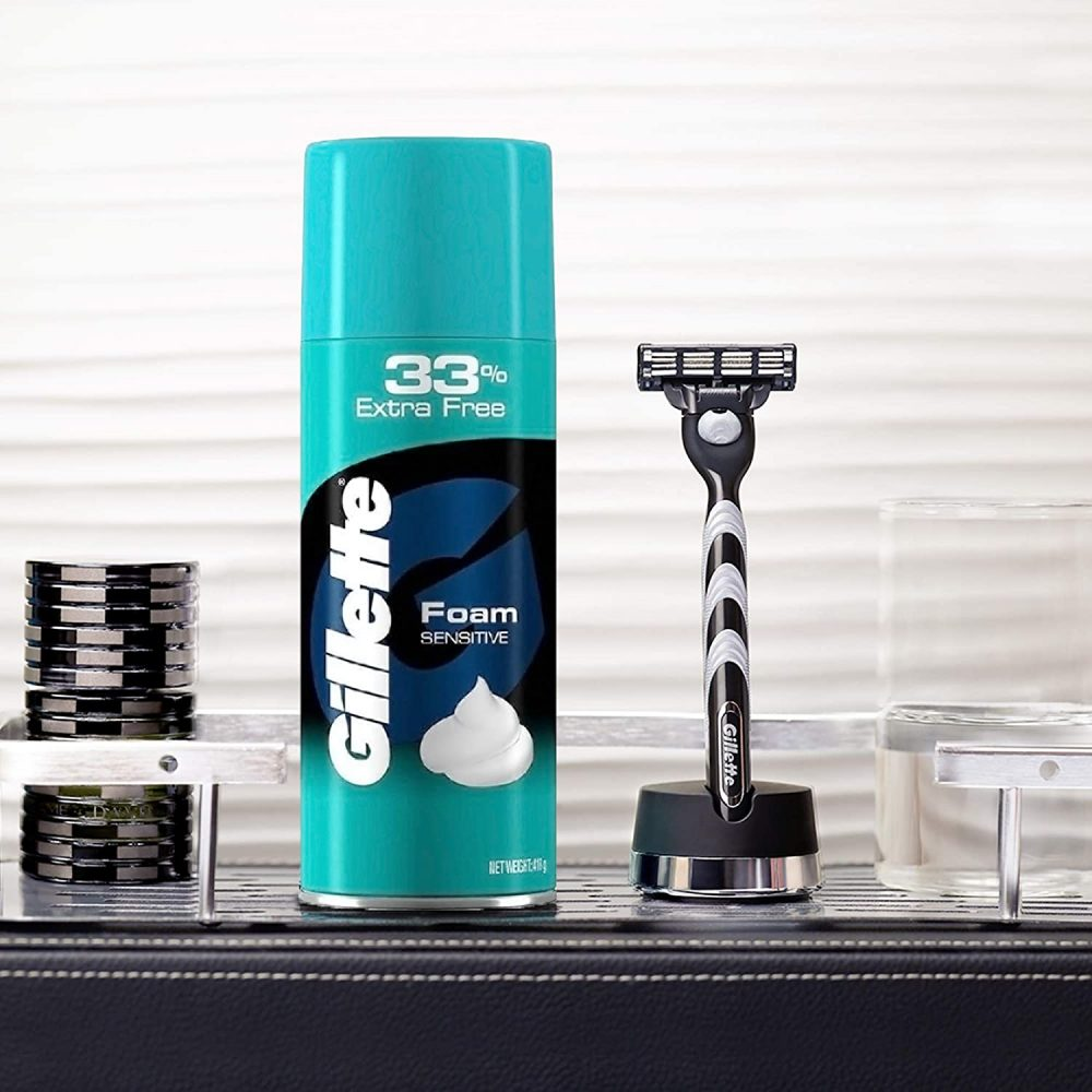 gillette classic regular pre shave foam , 418g with 33% extra free , how to use :- apply foam evenly , shave using light strokes , rinse the foam off thoroughly